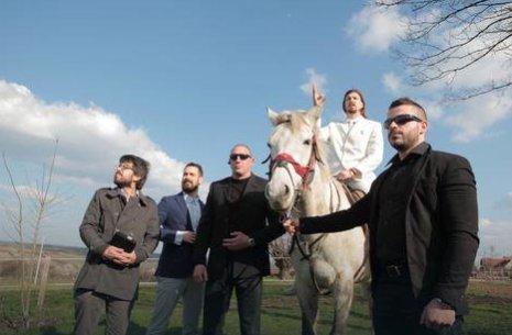 A viccpárt adja a szerbek új államfőjét?