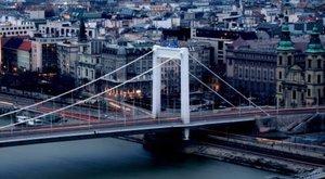 Dunába vetette magát egy férfi az Erzsébet hídról