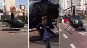 Késésben voltak, úgyhogy a helikopterével vitte el a srácát a suliba – videó