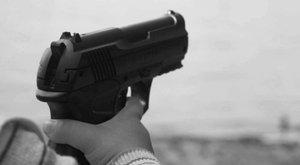Saját 9 éves bátyját lőtte agyon a kétéves