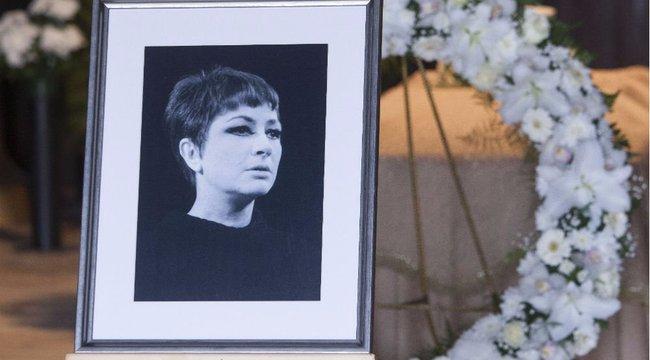 Eltemették Berek Katit - fotók