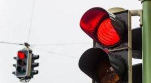 A piros lámpánál verekedtek össze a sofőrök Győrben