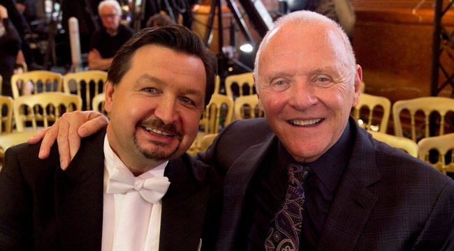 Magyar tenorért rajong Hopkins