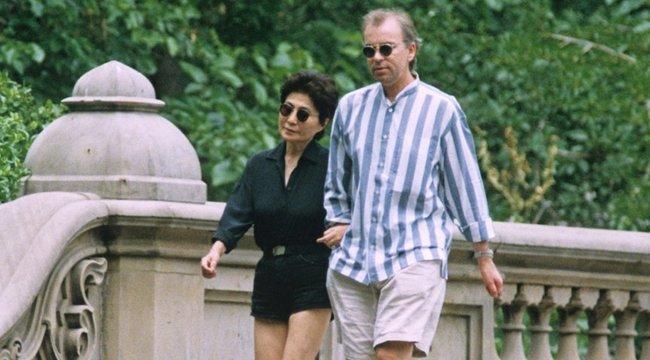 Magyar kórházakat is pénzelt Lennon kedvese