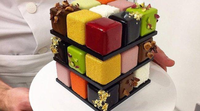 Nem kirakni, megenni kell ezt a Rubik-kockát! (képek)