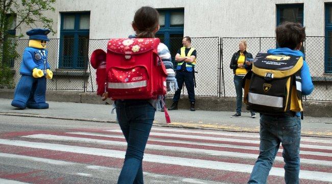 Akciózott a legórendőr a budapesti iskolánál