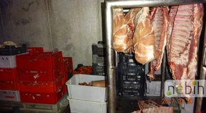 Egy húsüzlet 6,5 tonna húsát foglalt le a Nébih – termékvisszahívást is elrendeltek