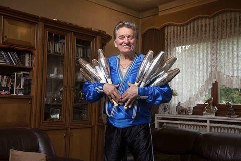 75 évesen is gyakorol Fudi, a legenda