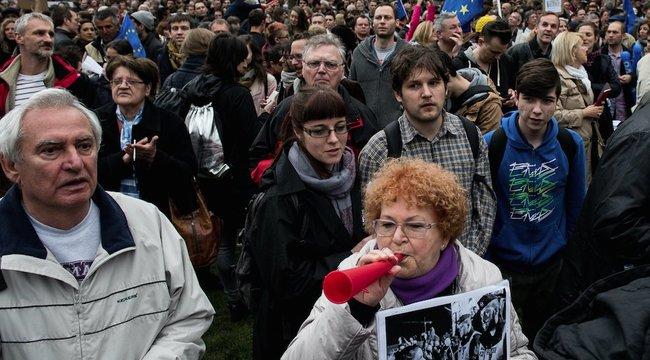 Bármit is mondjon Orbán, a tüntetők húsvét után sem állnak le