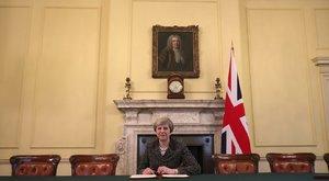 2020 helyett még most nyár elején választás lesz a briteknél