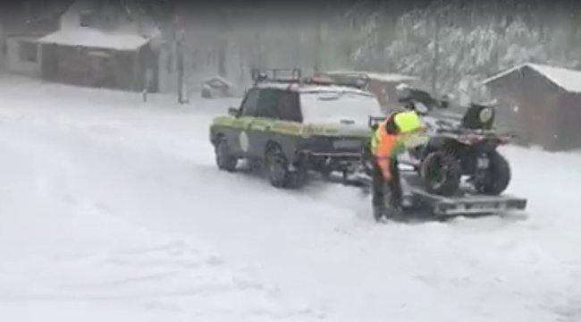 Atyaég! 15 centi hó esett a Kékesen