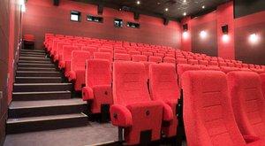 770 ezer forint volt a moziban hagyott tárcában