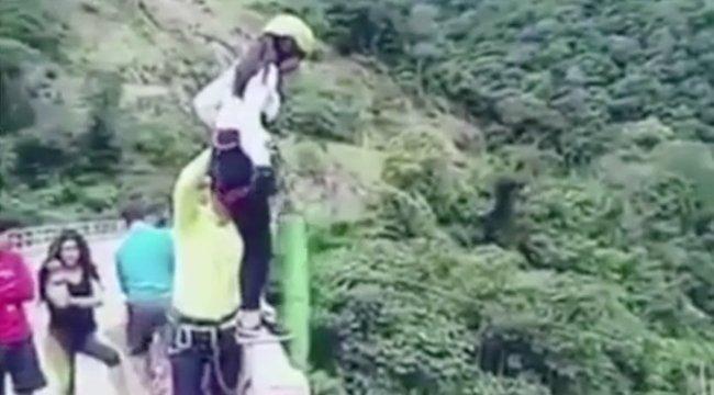 Csúnya vége lett a bungee jumpingnak - videó
