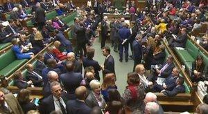 Feloszlott a brit parlament alsóháza