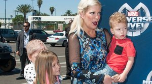 Eladó Tori Spelling családja