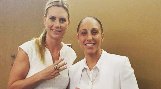 Összeházasodtak a leszbikus kosarassztárok