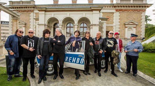 Rocklegendák hódítják vissza Várkert Bazárt