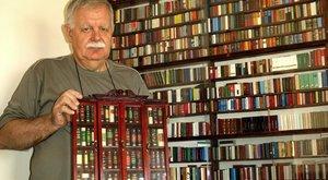 Nem semmi gyűjtemény! 5200 minikönyvetgyűjtött össze József