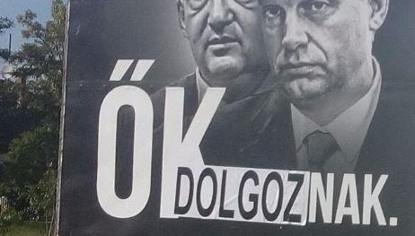 """""""Ők dolgoznak, mi nyakon b.szunk mindenkit"""" - meghekkelték a Jobbik plakátját"""