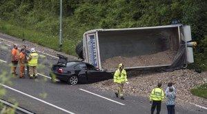 Hogy úszhatta meg sértetlenül ezt a balesetet az autós? – képek