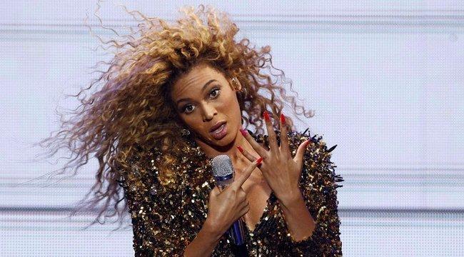 Beyoncé kiöltözött - fotó