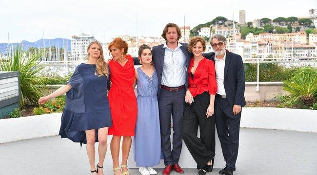 Rendőrök vitték el a magyar film munkatársait Cannes-ban