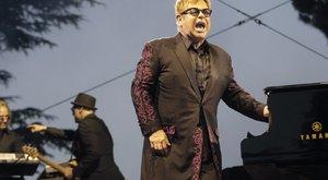 Már poénkodik is Elton John