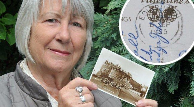 Kínos: 62 évet késett a képeslap
