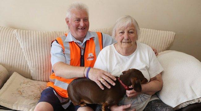 Aggódott a postás, ezért él ma is az idős néni