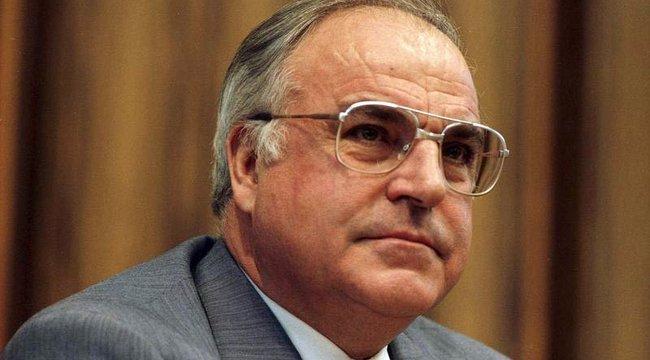 Gyász: elhunyt Helmut Kohl