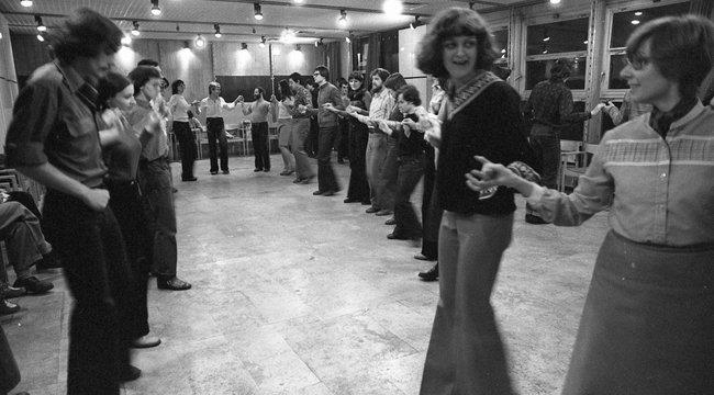 Az első szerelem:tánciskolában ismerkedtünk meg Sohával