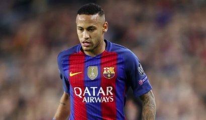 Neymar újra facér: új élet, új séró - fotó