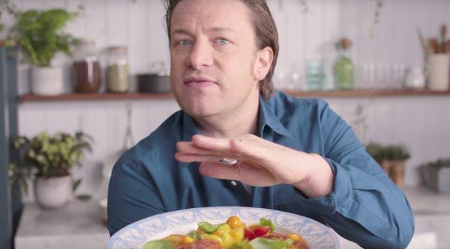 Tanácstalan Jamie Oliver, ha otthon kell főznie
