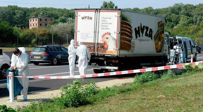 Külföldi ügynök lehet a 71 ember életét követelő halálkamion két vádlottja