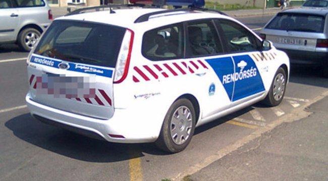Nyolc rendőr kereste, pedig csak az ágya alatt aludt a tatabányai négyéves