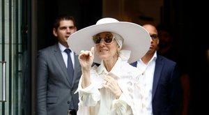Hóembernek öltözött Céline Dion?