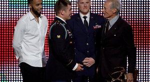 Igazi hősökkel forgat Clint Eastwood