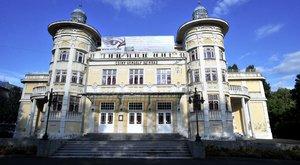Eladósodtak a kirúgott kaposvári színészek