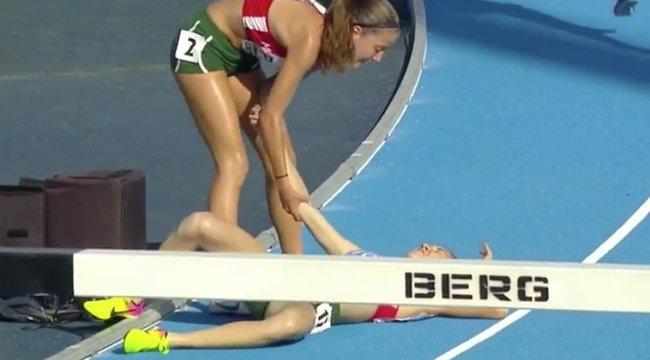Az Európa-bajnokság döntőjében állt meg a magyar futó, felsegíteni elesett társát