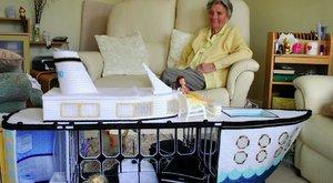 Óceánjárót hímzett a halálos beteg mama – képek