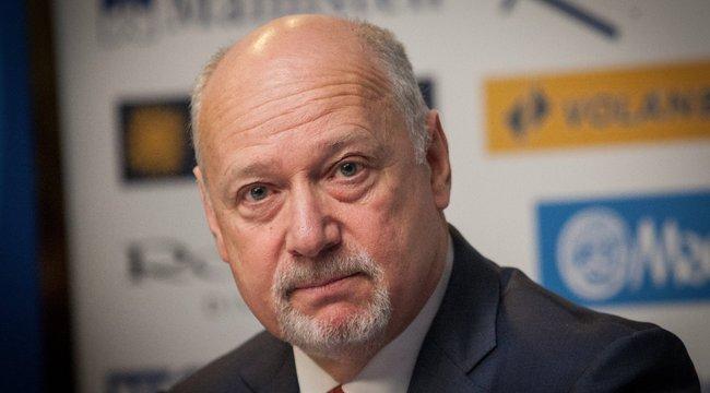 Rengeteg úszókiválóság ment neki a Magyar Úszó Szövetség elnökének