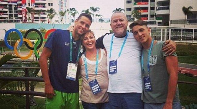 Cseh Lacivilágbajnok úszó barátjának szülei legyőzték a rákot