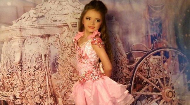 Celebet akar faragni 7 éves lányából: milliókat költ sminkjére és önbarnítójára