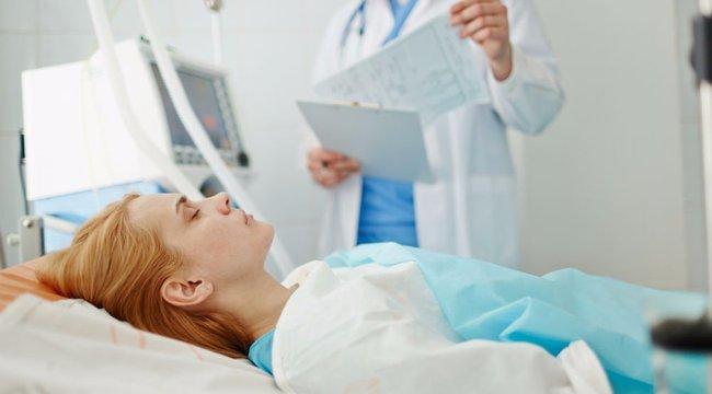 Osztrák kórházban kezelik a meztelenül előkerült Ajnát