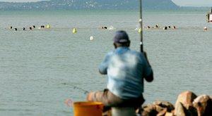 Összeverteaz idős horgászt a kutyás idegen