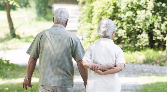 Ki nem találná, miért szökött el egy 93 éves férfi az idősotthonból