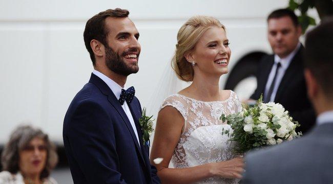 Titokban szervezték a megaesküvőt Szilágyi Áronék