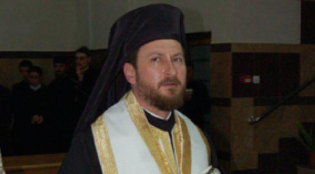 Tanulóval szexelt a püspök