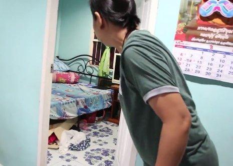 Megölte a család macskáját, majd a gyerek ágya alá mászott – videó
