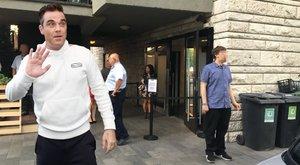 Deák téri étteremben partiztak Robbie Williams emberei